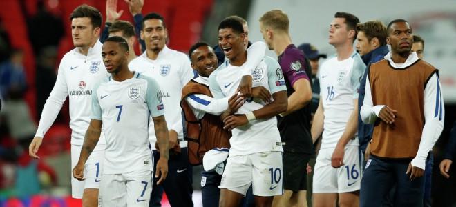 Английские фанаты попросили выходной в случае победы сборной Англии на ЧМ-2018